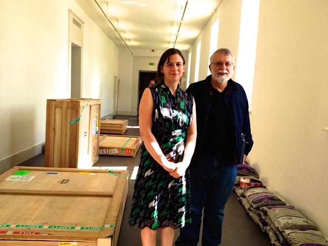Diretora do Museu com o Embaixador em Dublin